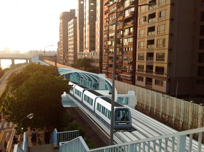 ShuiYuan road - light rail idea